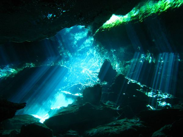 IMG_4962_cenote_chacmool.JPG