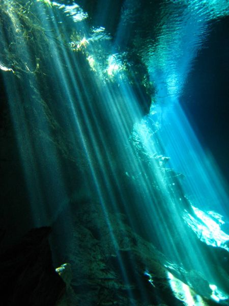 IMG_4984_cenote_chacmool.JPG